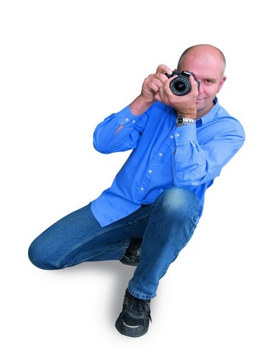 怎样才是正确的摄影拍摄姿势8