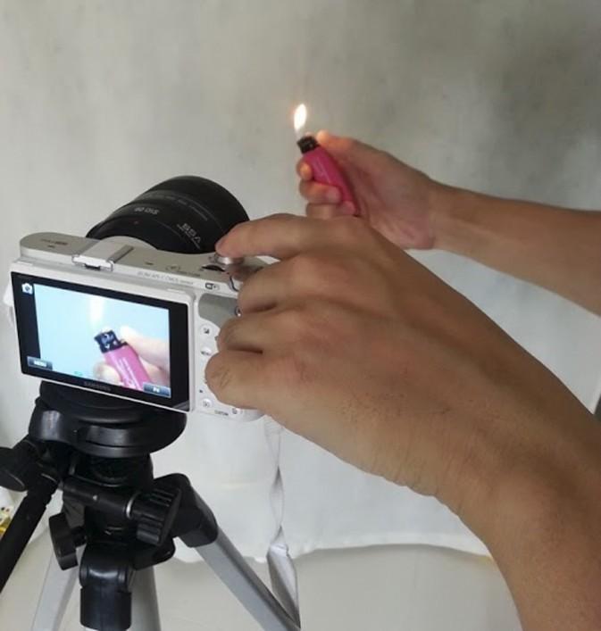 如何拍摄出打火机的电光火石2