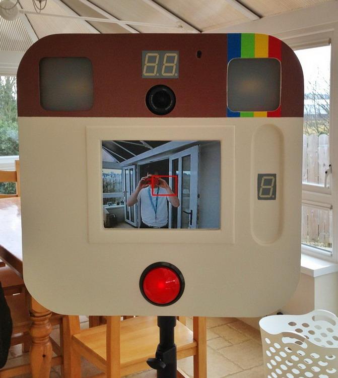 DIY巨型 Instagram 相机一台4