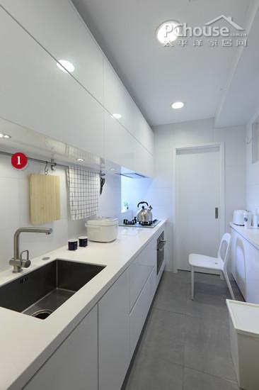 提升厨房利用打造空间1平米储物文胸_内衣空间名片设计图片